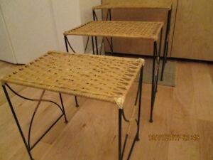 3 JOLIES TABLES OSIER ET MÉTAL FORGÉ NATUREL ( cigogne)