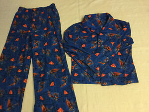 Boys size 6/7 superman PJ's