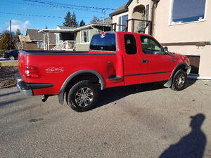 1998 Ford F-150 stepside Pickup Truck