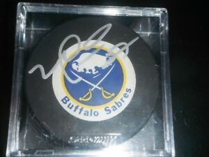 Autographed Mike Peca puck