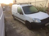 2005 Peugeot partner 19 hdi breaking all parts available