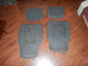 Ensemble tapis Michelin  pour auto