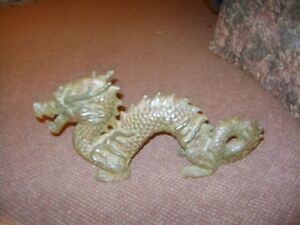 CHINEESE DRAGON STATUE