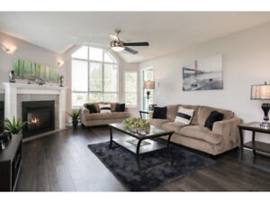 2 BED PENTHOUSE CONDO -LANGLEY