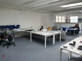 Modular desks white
