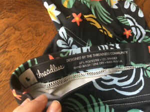Floral leggings from Threadless, size large, NEW!