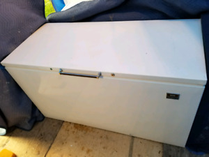 Super big deep freezer chest $200