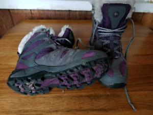 Ladies Insulated Winter Boots
