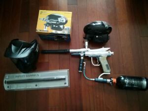 Spyder Fenix electric paintball gun, electric hopper, air tank
