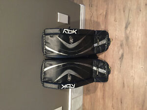 "29"" rebook junior goalie pads"
