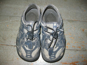 North Face toddler size 9