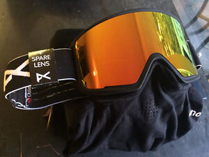 *Brand New* Anon M3 Magnetic Goggles (2 lenses) PRICE REDUCED