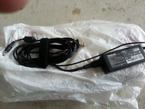 Toshiba Sattalite laptop bettery charger excelant condition