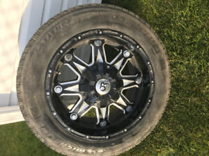 265/60R/18 Winter tires with rims