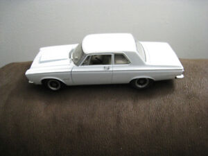 Toy Diecast Car 1 18 Scale Highway 61 1965 Plymouth Belvedere