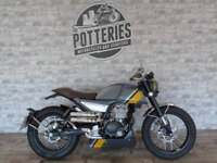 FB Mondial HPS125 Learner legal 125cc Geared Cafe Racer!