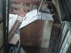 Reduced - antique wooden grain/feed bin Cambridge Kitchener Area image 2