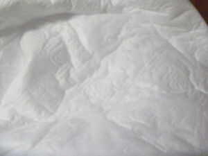 """Thinsulate Insulated Lining Fabric  60"""" wide"""