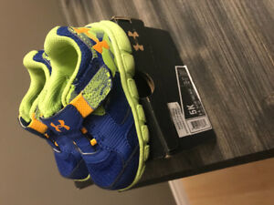 Toddler under armour sneakers size 5