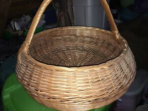 Large basket  two wooden stools
