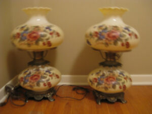 GORGEOUS LAMPS - Colonial Style for Great Room OR Cottage !