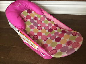 Gently used pink Summer baby bather - $10 obo