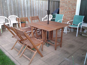 Wooden Patio Table with 4 folding chairs/Fold Away Storage