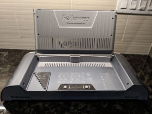 Fellowes Helios 30 Thermal Binding Machine and 22 Photo Books