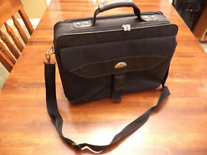 Samsonite laptop carrying case