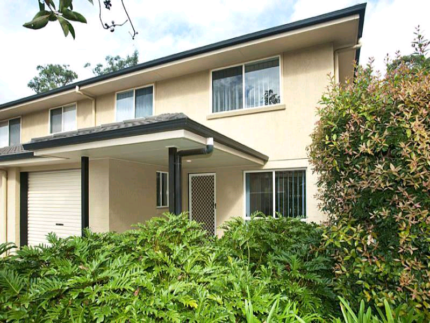 Townhouse for rent - Calamvale