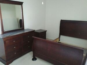Bedroom set with double mattress