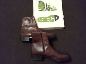 NEW Industrial Steel-toed Safety Shoes - brown.....
