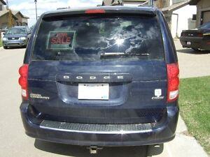 2012 Dodge Grand Caravan Crew Plus Minivan, Van