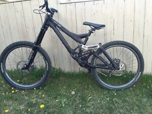 2004 Specialized Demo Nine DH *Mint