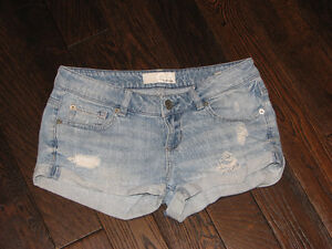 Lot of Girls'/Womens' Summer Clothes (Garage,American Eagle)