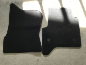 Car Mats black Brand new, replace to sell your car !!