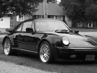 1989 Porsche 930, 911  Turbo Coupe (2 door)