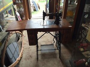 Early 1900's White treadle Sewing Machine