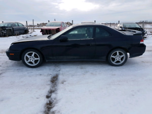 PARTING OUT / WRECKING: 2001 HONDA PRELUDE SE * PARTS *