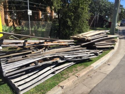Free wood & plywood  St Marys Penrith Area Preview