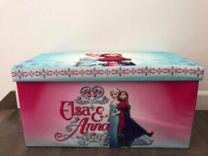 Un bac de jouets La Reine des neiges + poubelle