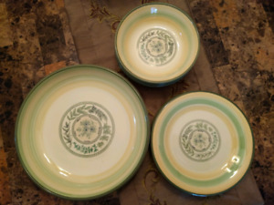 Pasta dishes set, 9 pieces