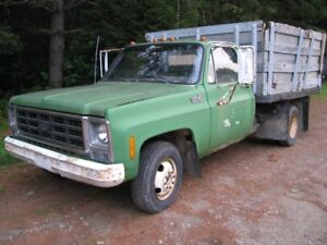 `1979 Chev 1 ton with dump bed in running condition