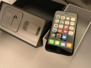 IPHONE 8: Excellent Condition Space Grey, 64 GB