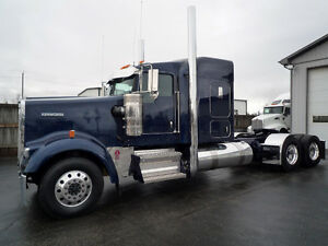 "2018 Kenworth W900-L   62 "" Aero Cab Flat Top, Cat. Power GLIDER"