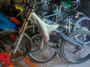 Downhill bike for sale