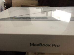 """MacBook Pro 13.3""""w/ Touch Bar (i5 3.1GHz/512GB SSD/8GB RAM) Grey"""