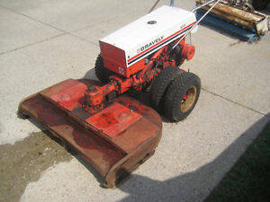 Gravely 522 W/Attachments