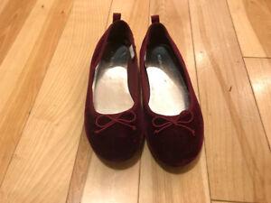 Burgundy velvet girls dress shoes size 2