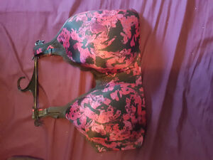2 46 H bras for sale